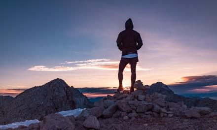 Jak modnie ubrać się na wycieczkę w góry?
