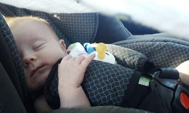 Podróże z noworodkiem – o czym pamiętać?