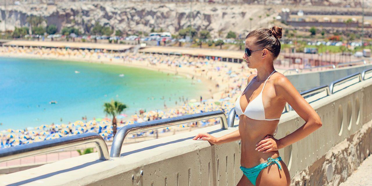 Co ubrać na plażę – propozycje na lato 2016 [Poradnik plażowicza]