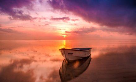 Wyjazd nad morze po sezonie – czy warto?