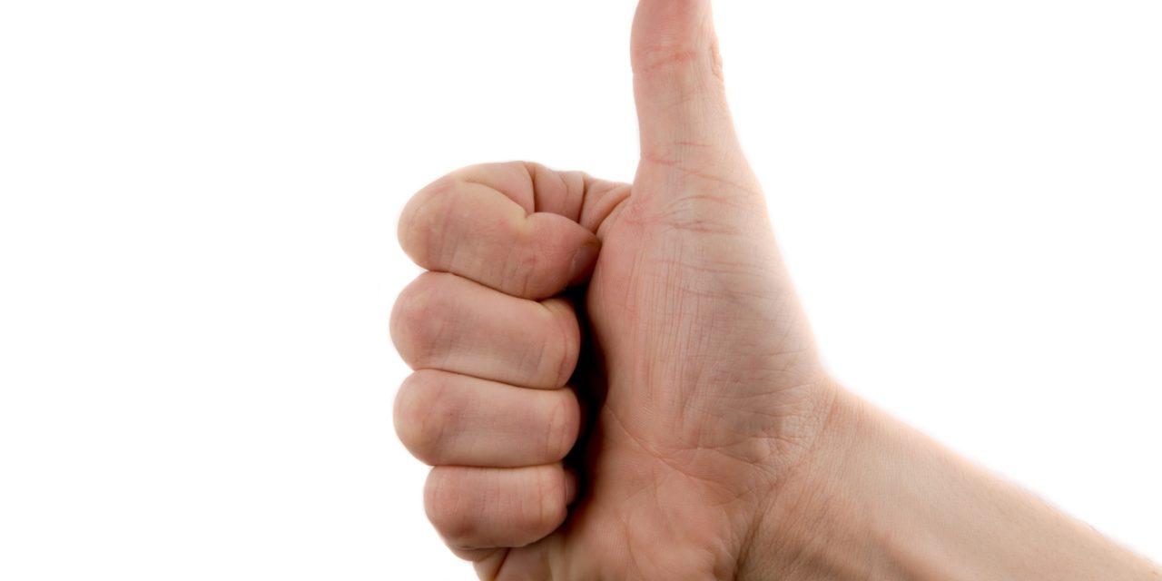Uważaj na gesty – czyli jak uniknąć problemów w komunikacji